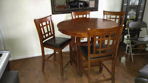 LAVON  LEAF COUNTER HEIGHT TABLE CHAIR SET