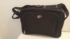 Brand New Universal Carry Case / Bag