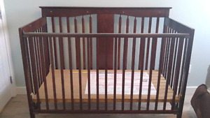 4 IN 1 CONVERTABLE CRIB by STORKCRAFT