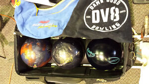 bowling set 3 balls storm and shoes and all Accessories