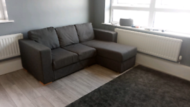 Nabru grey corner sofa. Customizable