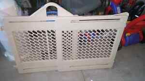 Fisher price safety gate