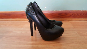 Various womens shoes for sale