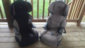 2 Everflo Booster seats