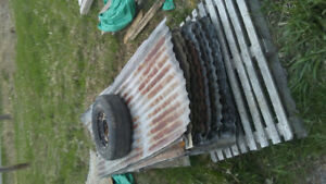 HEAVY GUAGE USED BARN METAL ROOFING