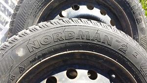 Pneus d'hiver 14'' et roues d'acier
