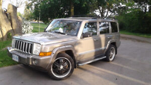 2007 Jeep Commander Hemi Limited SUV, Crossover