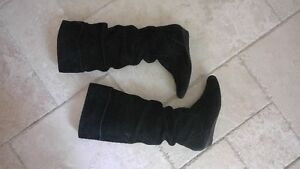 multiple shoes and boots 5 to 20$, good to excellent condition