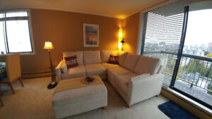 1 B/R Penthouse Furnished Apart. in Westend