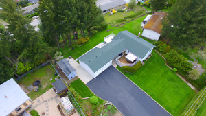 Large view home close to schools in Beautiful Salmon Arm