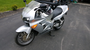 2001 vfr800 has to go