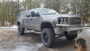 ** Lifter Z71 GMC Sierra **