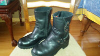Women's Size 6 Harley Davidson Motorcycle Boots - Almost new!