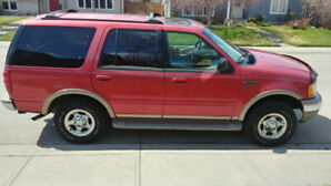 2002 Ford Expedition Eddie Bauer 5.4L AWD Seats 7 $2300