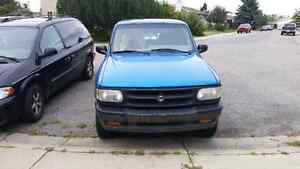 For sale 94 Mazda exd cab 4×4 pick up truck $1200.00