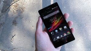 Sony Xperia Z - 16gb (64gb expandable) - 9/10 - Bell