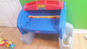 Little tikes art desk with yellow chair