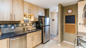 OPEN HOUSE Sunday May 28, 2-4pm - Updated Condo in North Nanaimo