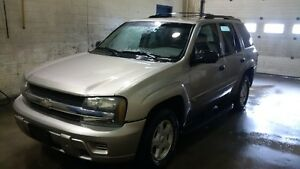 2002 Chevrolet Trailblazer LS SUV, Crossover