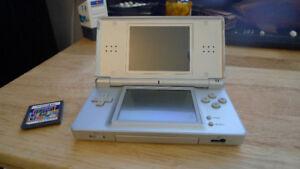 Nintendo DS Lite with Game Tetris .