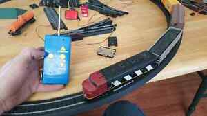 Very old remote control HO scale train. Kitchener / Waterloo Kitchener Area image 1