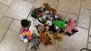 Massive Lot of TY Beanie Babies and Buddies Windsor Region Ontario image 1