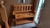 PINE WOOD BENCH   . MOVING HAVE TO SELL !