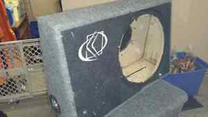 """12""""kicker box for a truck with removable back plate for. Magnet Edmonton Edmonton Area image 1"""