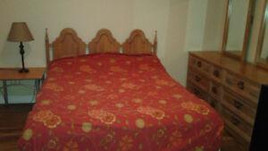Grande chambre meublée chez l'habitante (Aylmer)