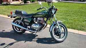 Vintage 1980 Honda CM400t 1400$ *nego*
