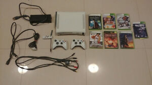 Xbox 360 + 2 controllers + 7 games