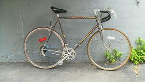 Vélos de routes usagés à vendre
