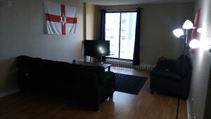 1 bedroom lease takeover with great views of bridge and harbour