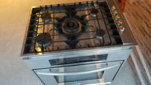 MAYTAG built-in convection electric oven, 5 burner gas stove top