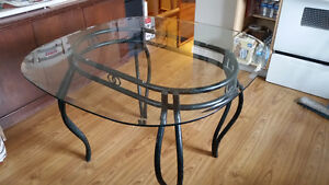 Glass kitchen/dinning table Prince George British Columbia image 1