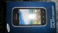SAMSUNG GALAXY DISCOVER on Telus $100. In box with charger