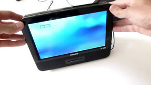 "Philips 9""LCD Screen Portable DVD Player"