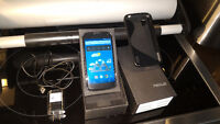 LG Nexus 4 8GB - Rooted, Unlocked, LTE - Excellent Condition