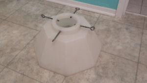 Base avec réservoir d'eau pour sapin de Noel  (qui vient foret)