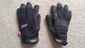 BDG Outdoor Activity Gloves Large