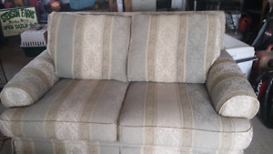 Cute little love seat.  Great Condition