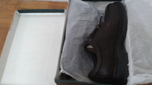 2 BROWN LEATHER TIMBERLAND MEN'S SHOES 11M