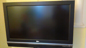 """LG 37"""" LCD TV $270 - Price Reduced"""