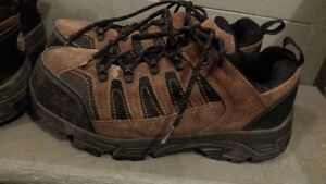 Steel Toed Shoes - Mens Size 9