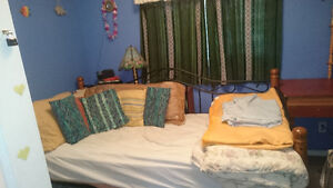 Small Bedroom in private family home - available for october 1st Cambridge Kitchener Area image 3
