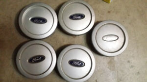 Ford Expedition Center Caps 03-06