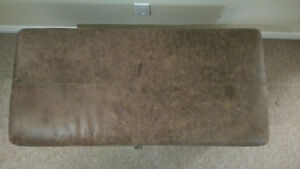 Canadian Made Leather Top Footrest and Storage Box Kitchener / Waterloo Kitchener Area image 2