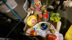 Tons of excellent condition baby stuff  London Ontario image 3