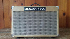 Ultrasound AG-30 Acoustic Amp / Ampli Acoustique
