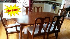 Dining Table and China Cabinet Hutch